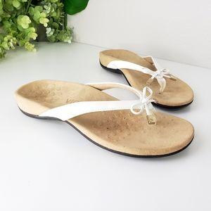 Vionic Bella II bow thong sandals flip flops